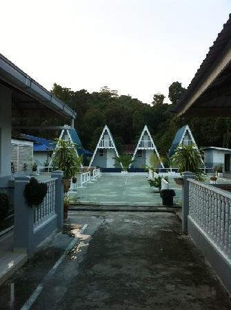 Nipah Guesthouse: A-frame cottages