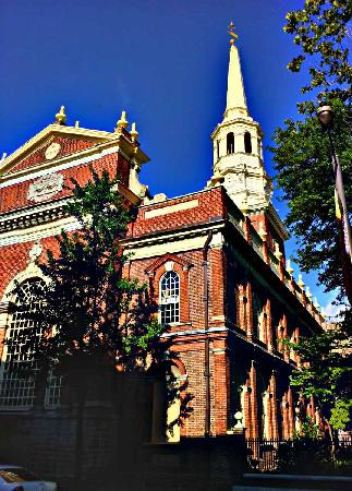 Penn's View Hotel: Christ Church - 2 Blocks from hotel