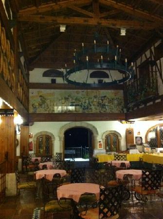 Hotel Tudanca-Aranda II: breakfast area