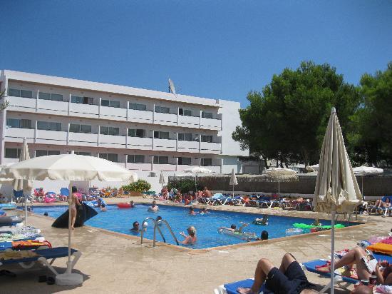 Anfora Playa: The back pool