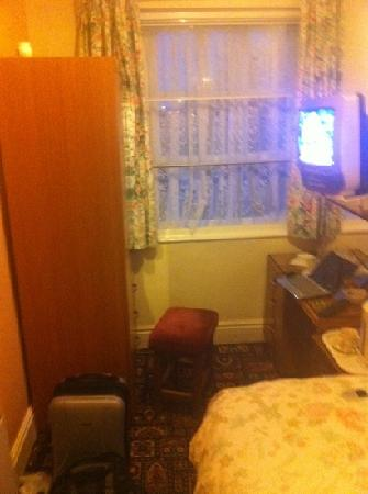 Dalestorth Guest House: the room