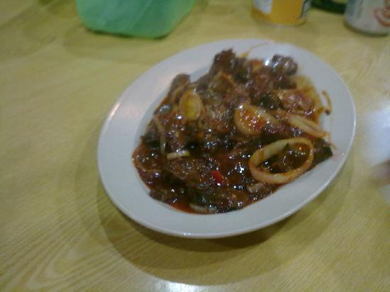Aima Grill Fish Restaurant: chili carne