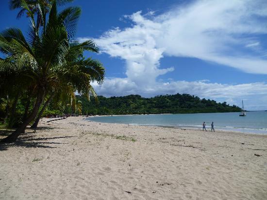 Le Belvedere : La plage de l'hôtel