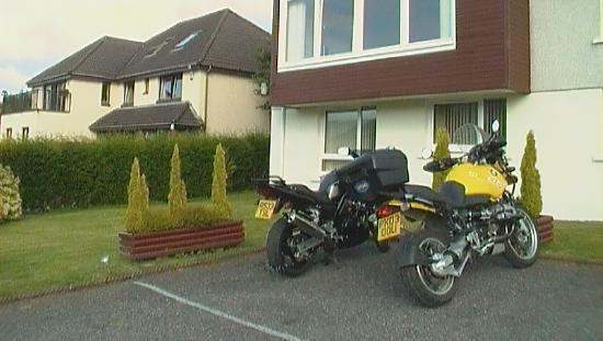 Taransay: Bikers made to feel very welcome