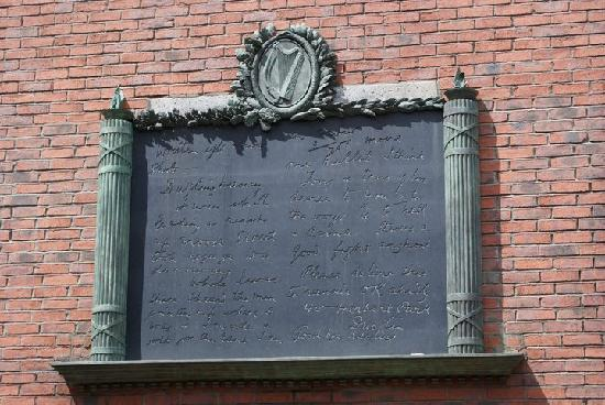 Rebel Tour of Dublin: One of the many historical plaques regarding the Easter Rising which can be found in Dublin City