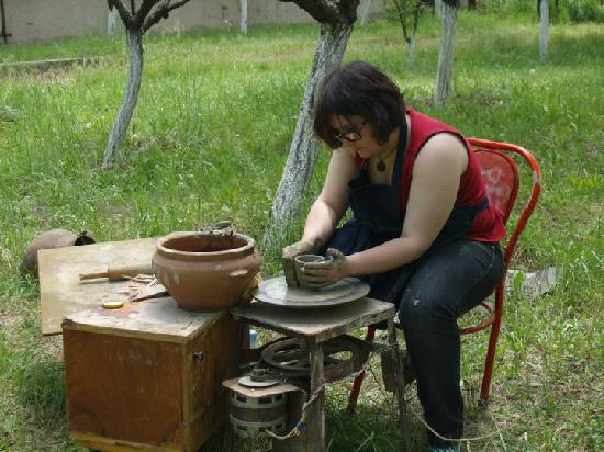 Three Jugs: teaching how to work on a potter's whell