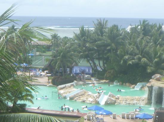 Pacific Islands Club Guam: 部屋からの景色