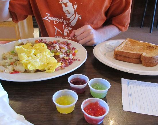 Mary's Hash House: Hash and eggs at the Hash House, South Decatur, Las Vegas