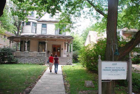 Oak Park, IL: Hemingway's Birthplace Home