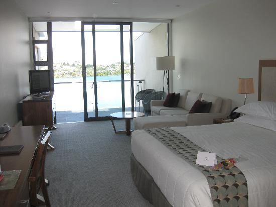 The Rees Hotel & Luxury Apartments: Our room looking over lake
