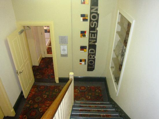 The Lord Nelson Brewery Hotel: Lord Nelson Hotel: Stairs leading to Breakfast Room