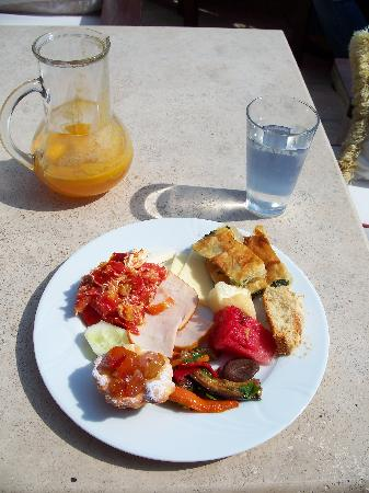 Hotel Sebnem: Breakfast and that fresh squeezed orange juice