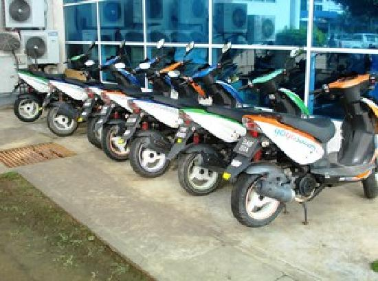Labuan Backpacker - Uncle Jacks Bed & Breakfast: When staying at our place you can rent a scooter for discounted price of RM20 for 24h