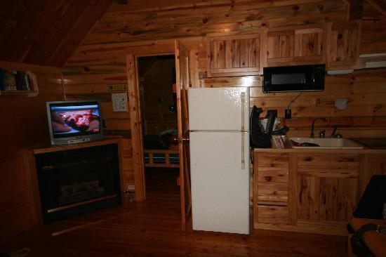 Estes Park KOA: The living room/kitchen