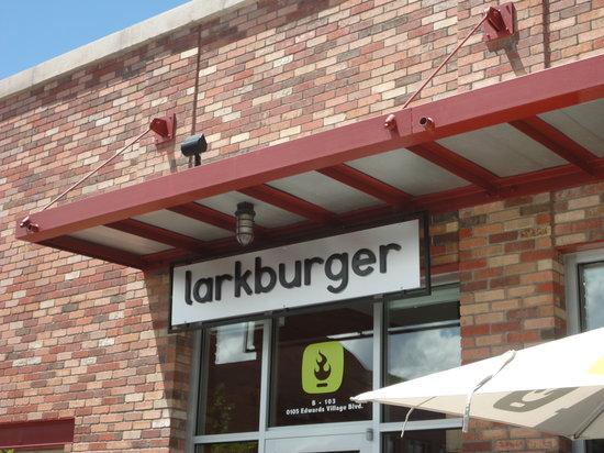 Lark Burger : Front of Larkburger in Edwards