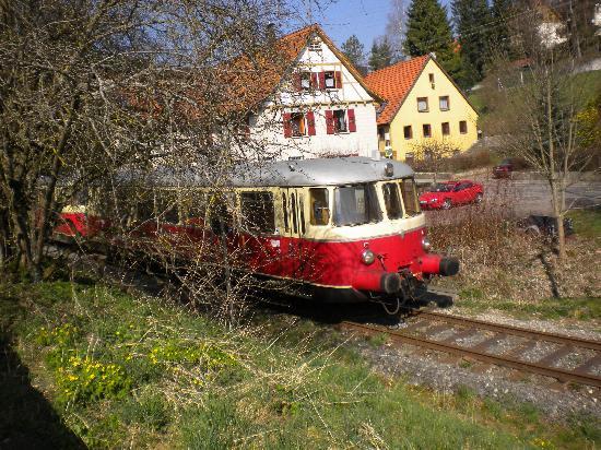 Rail Station: Schienenbus unterwegs