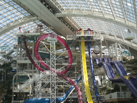 Edmonton, Canada: Sky Screamer and Cyclone slides