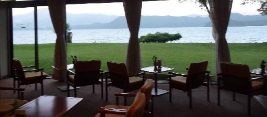Tazawako Rose Park Hotel: View of lake from restaurant