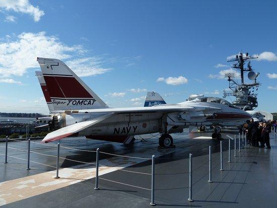 Intrepid Sea, Air & Space Museum: F14-Jet
