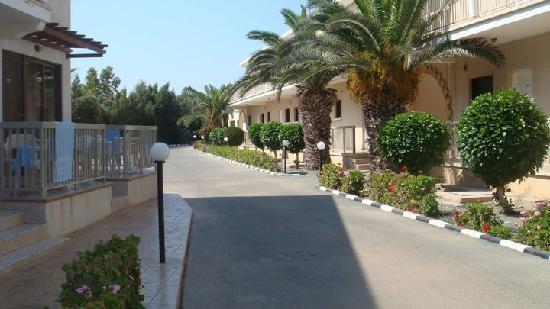 Loutsiana Hotel Apts: apartments