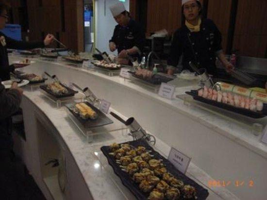Muscus Busan: 寿司コーナー