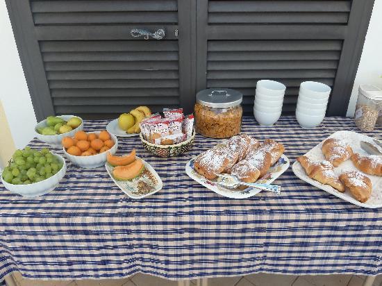Gaeta, Italia: colazione da Re!!