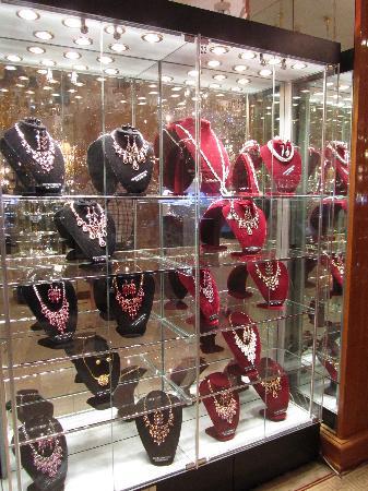 Shubra Al Khaymah, Egipto: Crystal jewellery