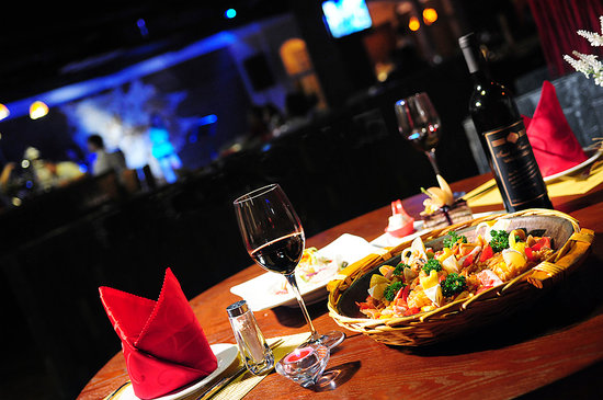 Jolly's Bar & Restaurant: Cocktails