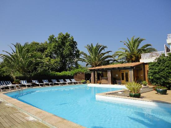 Levolle Marine Hotel Et Residence : Piscine