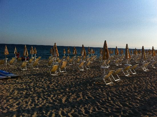 Porto Kaleo Villaggio: veduta spiaggia