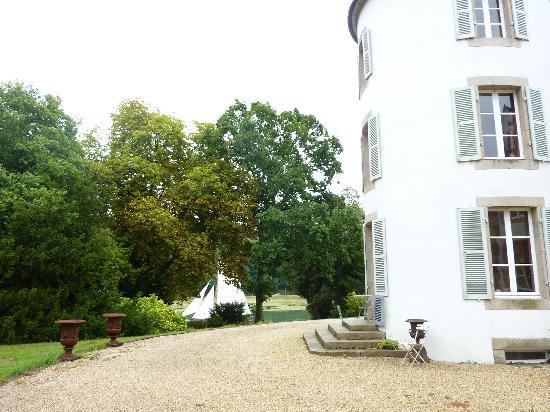 Chateau de Lannuguy : tourelle du château