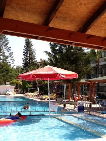 Ron Beach Hotel: ron beach!