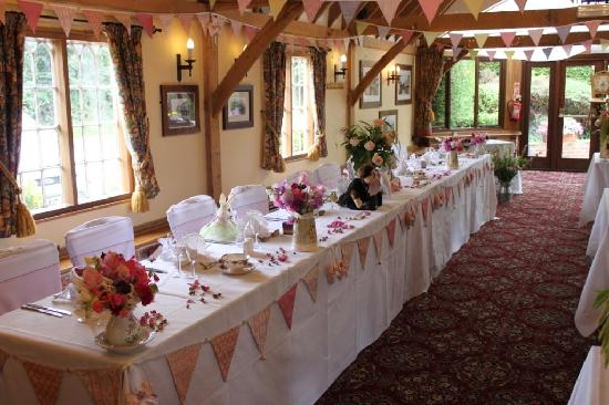Bourne Valley Inn: The Barn decorated for the wedding