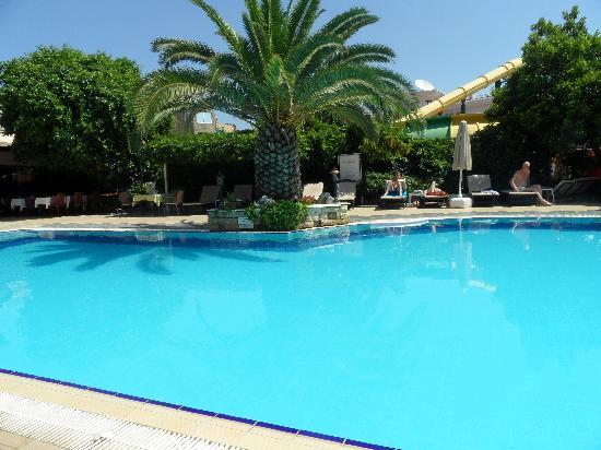 Romance Hotel Marmaris : The pool