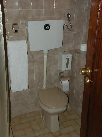 Porto Coliseum Hotel: bagno