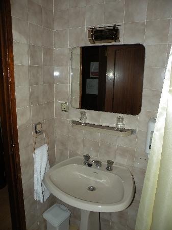 Porto Coliseum Hotel : lavandino