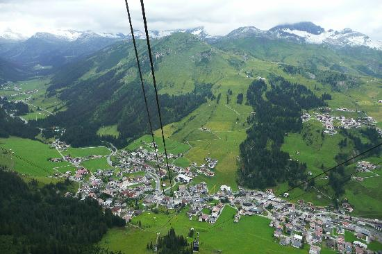 Hotel Haldenhof: Lech from cable car