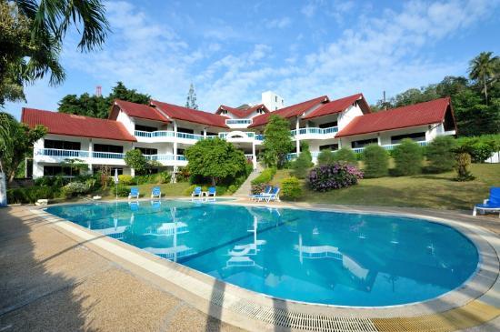 Photo of Pen Villa Hotel Surin Beach