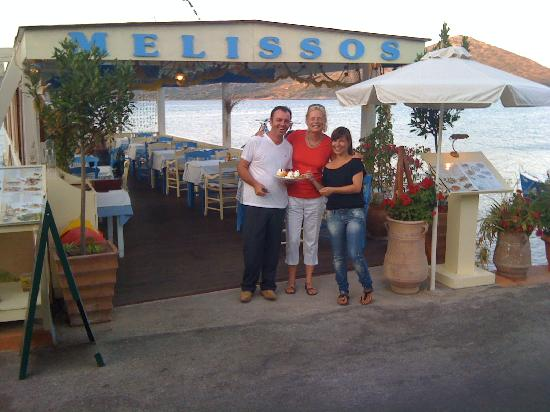 Melissos: Restaurant with seaview and perfect service
