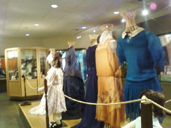 Fort Walla Walla Museum: clothing