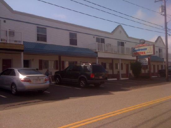Seabreeze Motel: front