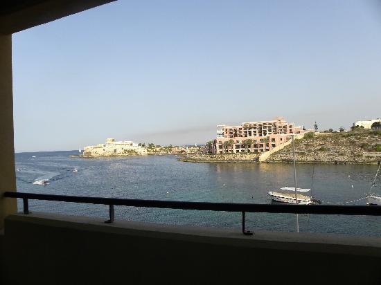 Marina Hotel Corinthia Beach Resort: vista desde el balcon