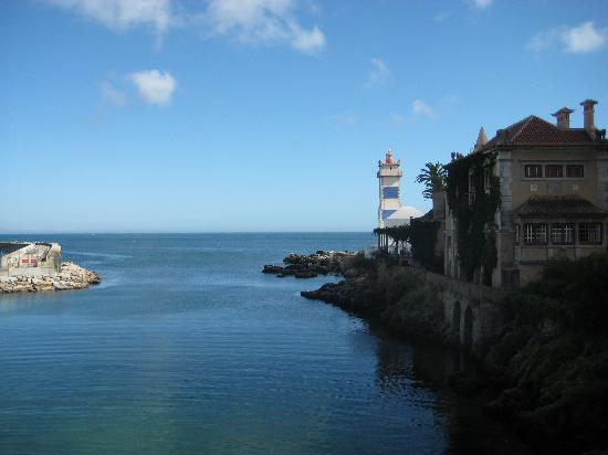 Vila Galé Cascais: High tide when we left for our day trip