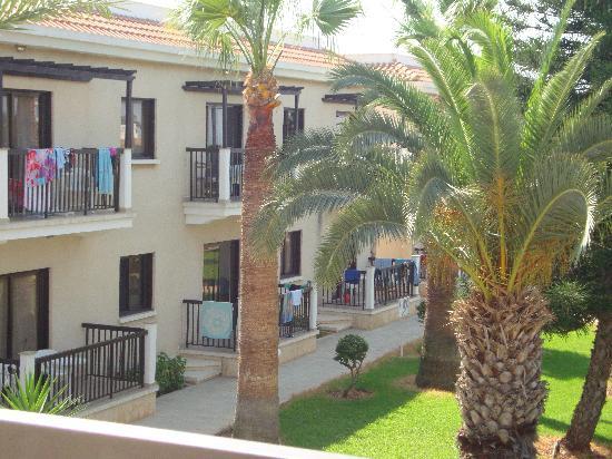 Loutsiana Hotel Apts: the hotel