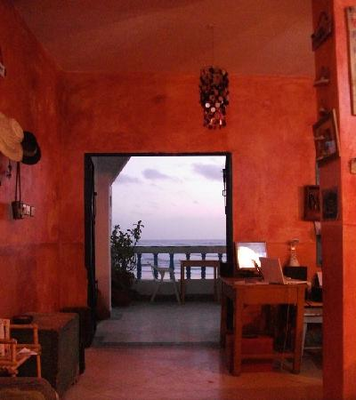 Aftas Beach Guest House : chill out in our comfortable lounge area.