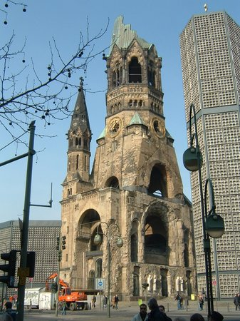 ‪Kaiser Wilhelm Memorial Church‬
