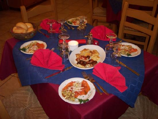 Hotel Vecchia America: Una nostra tavola imbandita...