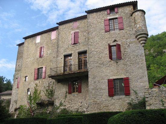 Chateau de Sorgues : Le Château