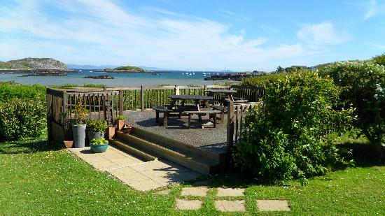Isle of Coll Hotel: view from hotel deck