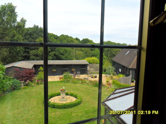 Woodlands Bed & Breakfast: view from the twin room